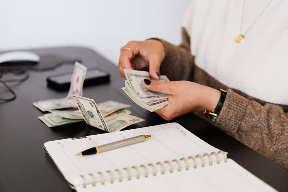 How to Manage Your Monthly Income and Still Save [Top 5 Ways!]