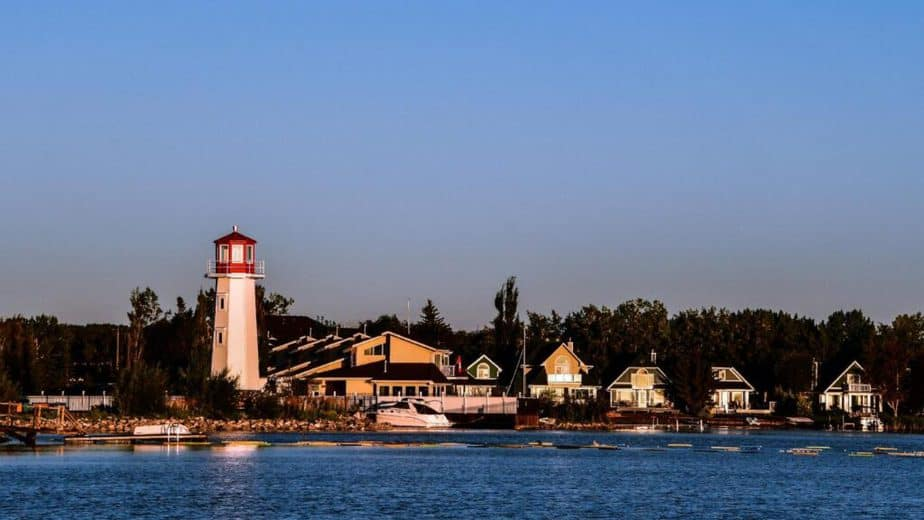 Sylvan Lake is sited at the center of Alberta and one of the best cities in Alberta, Canada
