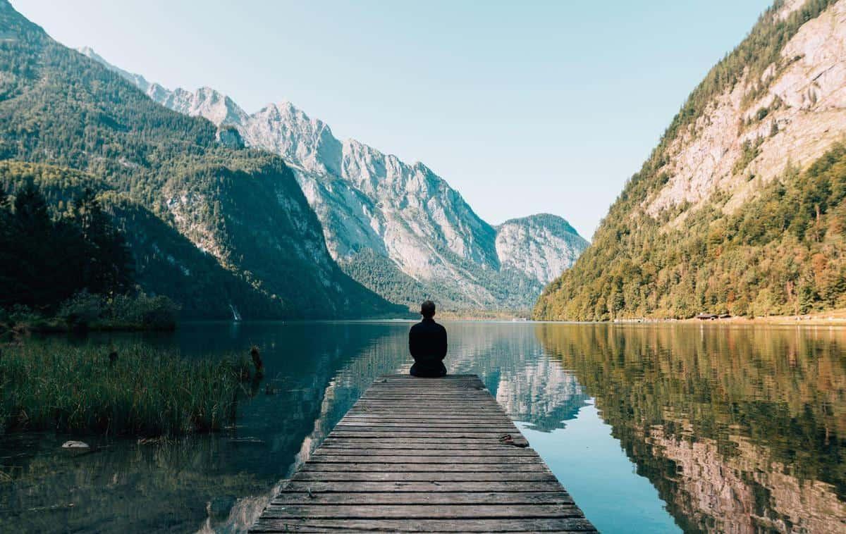 Ways to Explore the World Virtually
